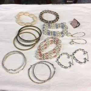 Bracelet & earring bundle